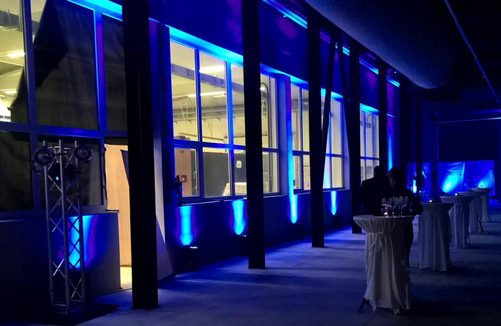 Ambiente LED Beleuchtung bei der Firmenfeier FMF Tactical in Feistritz im Rosental
