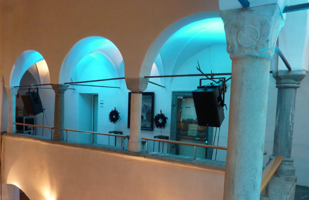LED Ambientebeleuchtung und Meyer Sound Tontechnik im Salzamt Klagenfurt für WMWP Rechtsanwälte GmbH