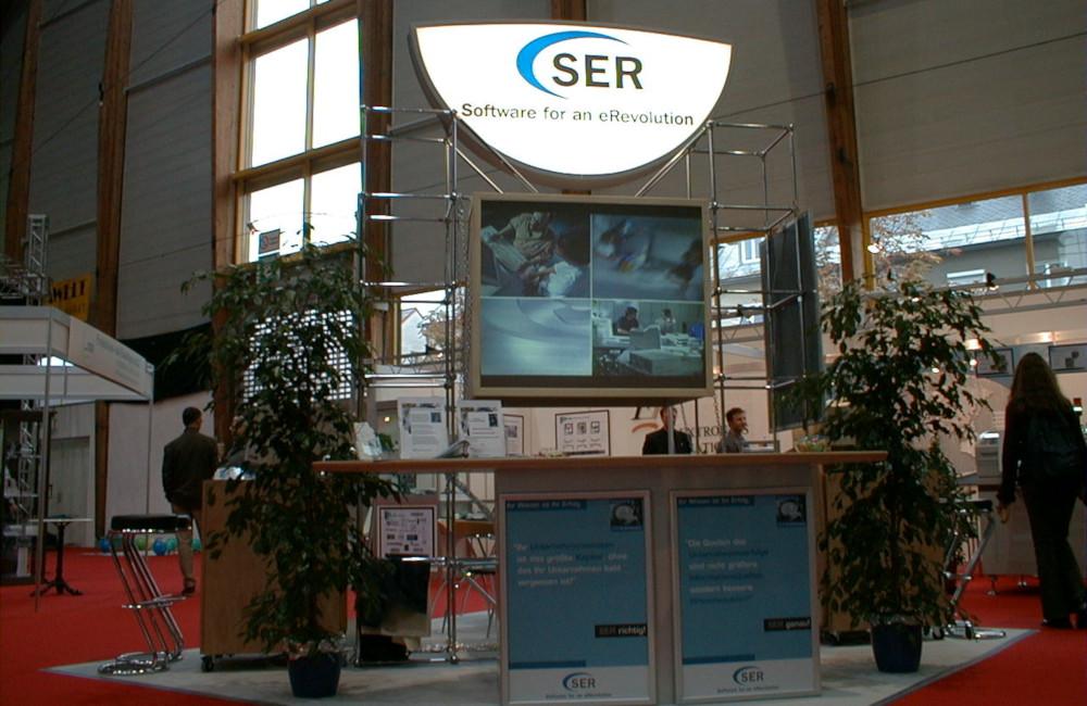 SER Messestand mit Rückprojektionslösung auf der Messe Leistungsschau in Klagenfurt