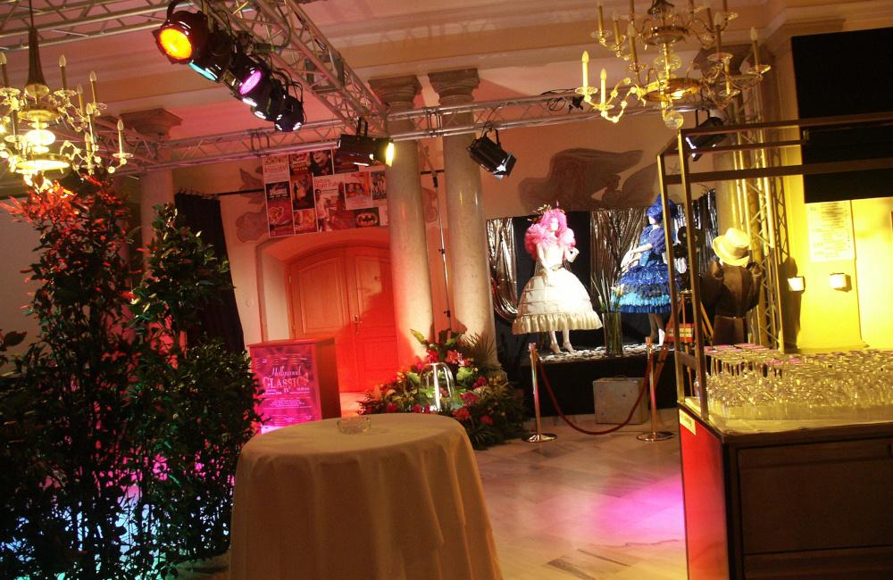 Hollywood Classics Foyer Traversen und Beleuchtung Requisiten Konzerthaus Klagenfurt