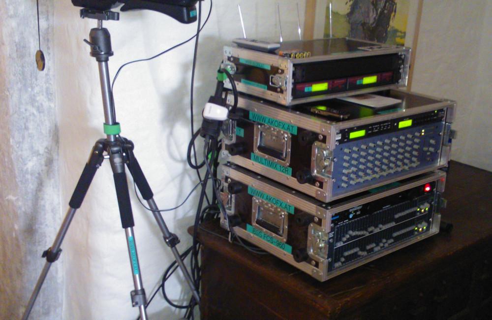 Audio Mischpult und Funkmikrofon Empfänger bei den Carinthischen Dialogen in St. Urban Kärnten