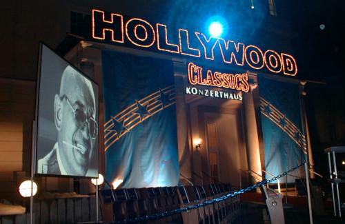 Outdoor Videoprojektion für die Hollywood Classic Veranstaltung im Konzerthaus Klagenfurt