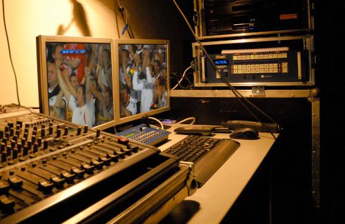 Technikplatz FoH mit Video und Tontechnik für Public Viewing im Burghof Klagenfurt MMKK