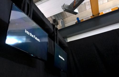 abgesetzte versteckte Flat TV's für BMW Firmenpräsentation in der Bootswerft Schmalzl