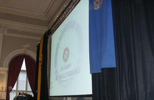 Videoprojektion in Traverse mit Molton für Rotary Club Wolfsberg